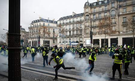 National News - Yellow Vest Protesters Detained in Paris As Police Clamp Down on Protests