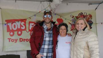 Photos - Live at Toys For Tots Annual Toy Drive