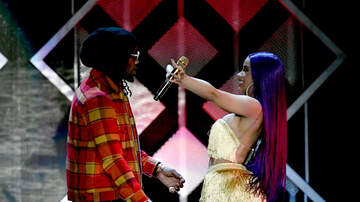 KeKe - Offset Crashes Cardi B's Performance LIVE ON STAGE!