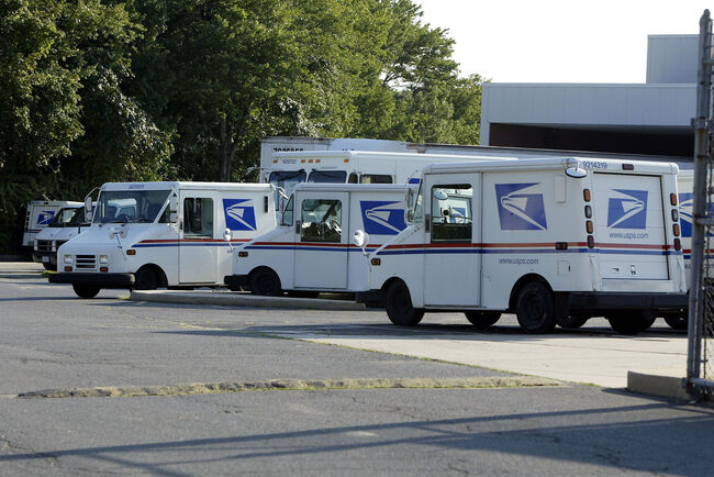 Arraignment Due for USPS Employee, Half-Brother in L.A. Postal Truck Heists