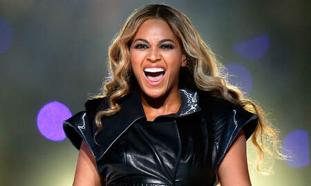 Entertainment - World Stop — Beyoncé Performs At Weddings Now, But It's Gonna Cost Ya