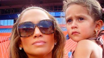 Ryan Seacrest - Jennifer Lopez Reveals Daughter, 10, Fought For 'Second Act' Video Role