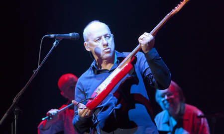 Rock News - Mark Knopfler, Who Snubbed Rock Hall, Happily Accepts Scottish Music Award