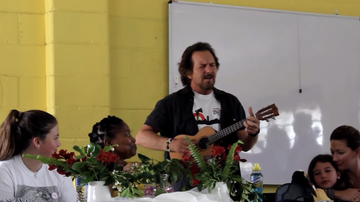 Music News - Eddie Vedder Covers The Beatles For South African School Choir: Watch