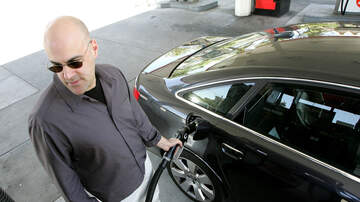 Local News - Average L.A. County Gas Price Drops For 50th Consecutive Day
