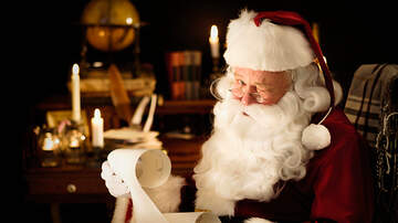 Tim Ben & Brooke - Former Santa Opened A Private Club For Santas With Free Drinks & No Kiddos