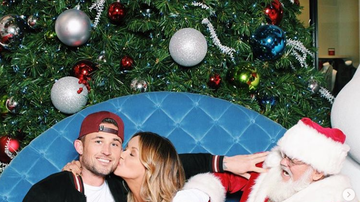 The Laurie DeYoung Show - Carly Pearce & Michael Ray Have An Adorable Date With Santa