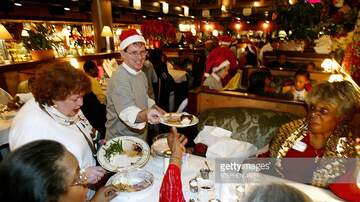 Bionce Foxx - Many Chicago Restaurants Are Open On Christmas Day