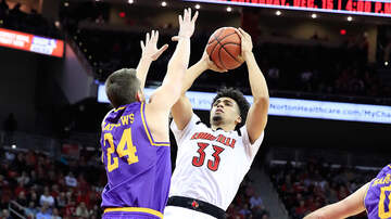 Louisville First With Howie Lindsey - Louisville Edges Lipscomb