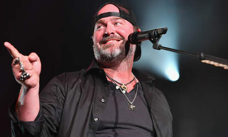 Music News - Lee Brice's Wife Discusses Their Future Baby Plans
