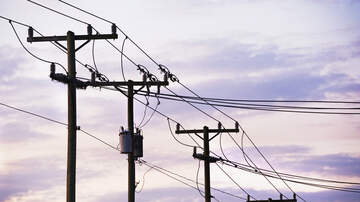Local News - Thousands lose electricity in scattered outages in San Antonio area