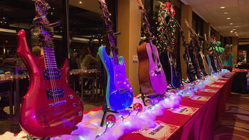 Tyson - Relive Our 15th Annual 12 Guitars Of Christmas