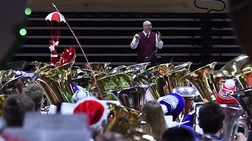 Dave Michaels - Tuba players played O Tannenbaum! to set a Guiness Record!