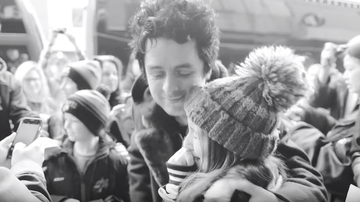 Trending - Green Day Give Fans a Glimpse of Tour Life in Youngblood Video