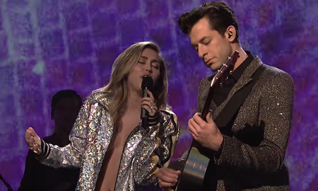 Entertainment News - Miley Cyrus and Mark Ronson Perform Two Songs on 'SNL': Watch