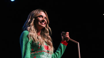 WPOC Acoustic Christmas - Carly Pearce Performing at Acoustic Christmas
