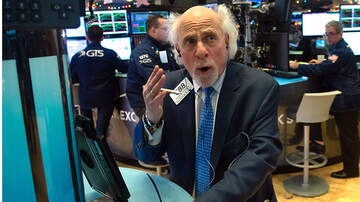 National News - Stock Market Continues To Fall With The Dow Shedding Over 500 Points