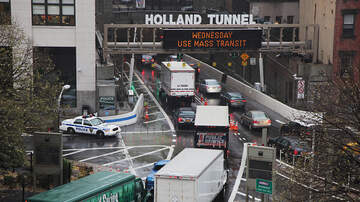 1450 WKIP News Feed - Holiday Decorations Change At Holland Tunnel