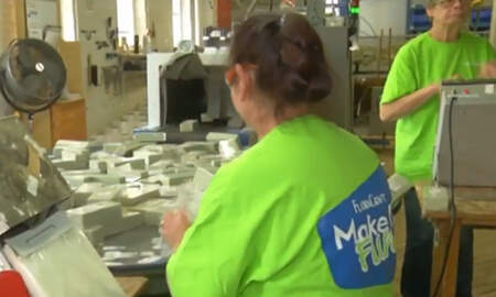 National News - Michigan Business Gives Employees $4 Million In Christmas Bonuses
