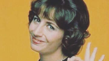 Morris Knight - Legendary TV Actress Penny Marshall Has Died At 75