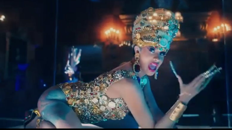 Cardi B Money: Cardi B Goes Completely Nude In 'Money' Music Video