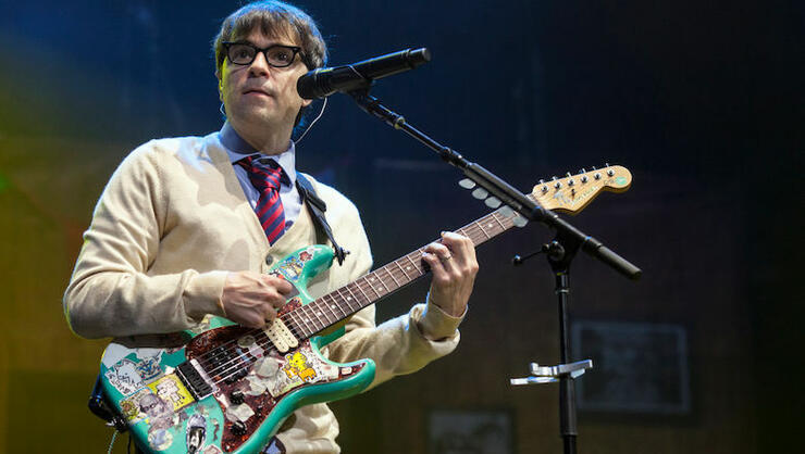 Weezer Share New Song 'Lost In The Woods' Off The 'Frozen 2' Soundtrack | iHeartRadio