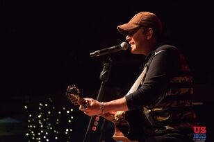 Rodney Atkins Performance