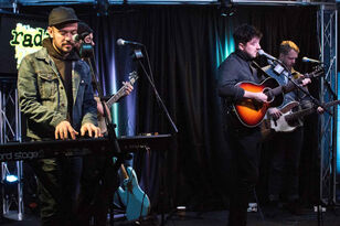 Mumford & Sons Studio Session - Friday, December 7th