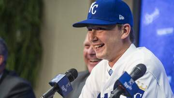 Tim Conway Jr - MLB Pitcher Pays Off Parents' Debt For Christmas