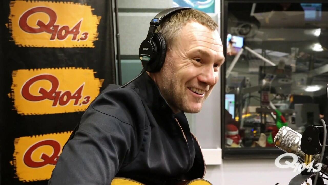 David Gray Explored a Brand New Songwriting Method on 'Gold in a Brass Age'