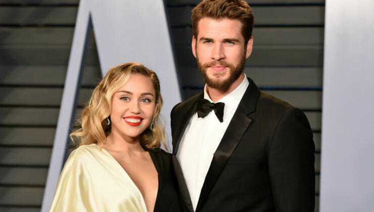 Miley Cyrus To Keep All 15 Pets In Divorce From Liam Hemsworth | iHeartRadio