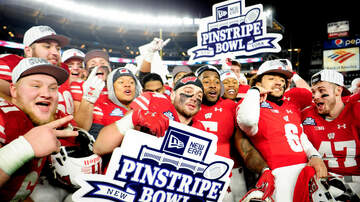 Wisconsin Badgers Blog (58608) - Player Reaction: Wisconsin wins Pinstripe Bowl 35-3 over Miami
