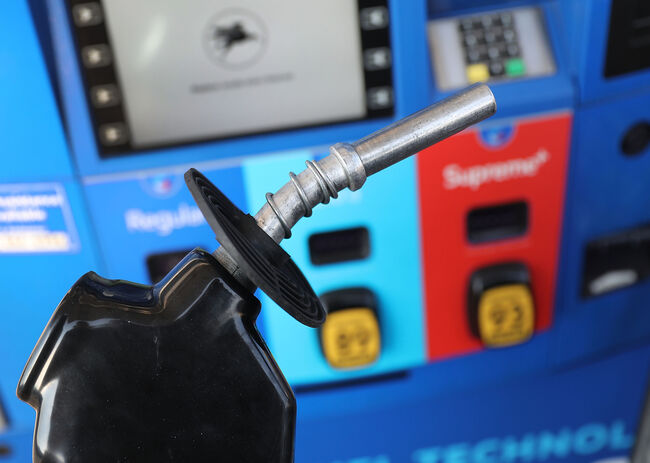 gas prices fall in new year