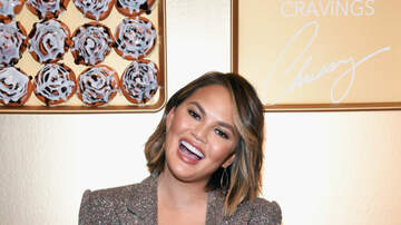 Mike Miller - Chrissy Teigen Face Plants an Umbrella