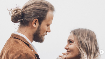 Jamie Martin - Brian Kelley renews wedding vows in CA