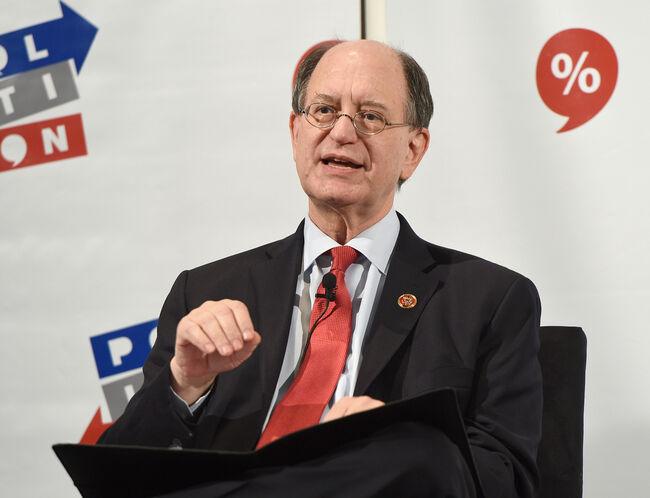 Sherman Oaks Congressman Re-Introduces Impeachment Resolution Against Trump