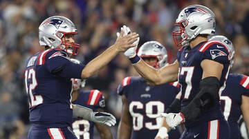 Chuck Nowlin - Brady And Gronk Go Head To Head. Who Wins?