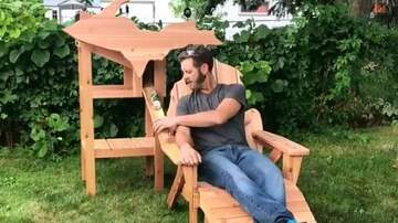 Shmitty - Michigan Man Has Gone Viral For His Beer-Giving Chair