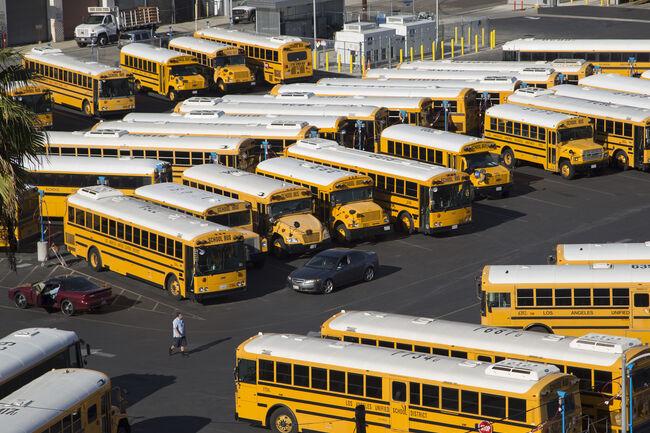 LAUSD Teachers, District Return to Bargaining as Strike Looms
