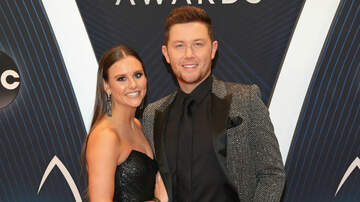 iHeartCountry - Scotty McCreery & Wife Welcome A New Dog To Their Family
