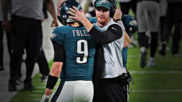 Outkick The Coverage with Clay Travis - How Can Philly Just Let Nick Foles Go If He Keeps Winning?