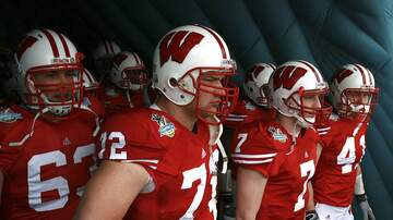 Wisconsin Badgers - Joe Thomas reacts to being inducted into CFB Hall of Fame