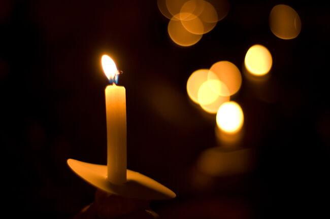 Candlelight Vigil Getty RF