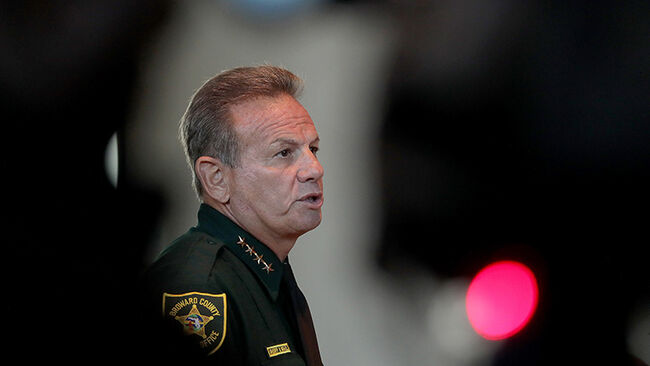 Sheriff Scott Israel speaks at the Marjory Stoneman Douglas High School Public Safety Commission meeting