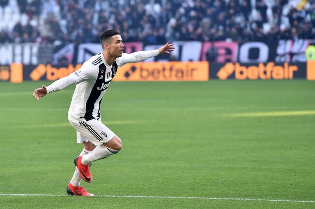 Cristiano Ronaldo of Juventus celebrates after scoring the opening goal during the Serie A match between Juventus and UC Sampdoria on December 29, 2018 in Turin, Italy. (Photo by Tullio M. Puglia/Getty Images)
