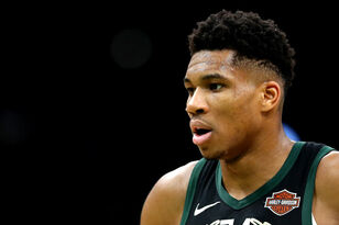 Giannis Antetokounmpo doubtful for Friday night's game vs. Wizards