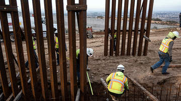 Politics - GoFundMe Refunding $20 Million To Those Who Donated To Build Border Wall
