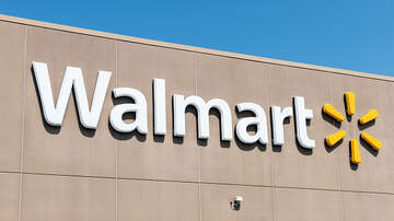 Zac - Walmart Bans Woman Who Rode Cart While Drinking Wine From Pringles Can!!