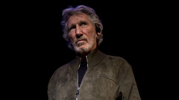 Rock News - Pink Floyd's Roger Waters Wants To Perform 'The Wall' On US-Mexico Border