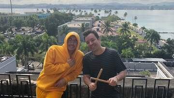 Enrique Santos - Bad Bunny puso a saltar a Jimmy Fallon en Puerto Rico